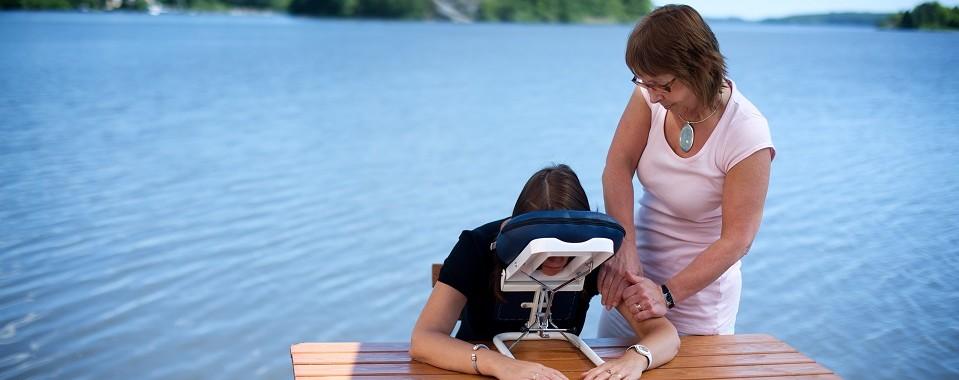 Massage på bryggan Ksten